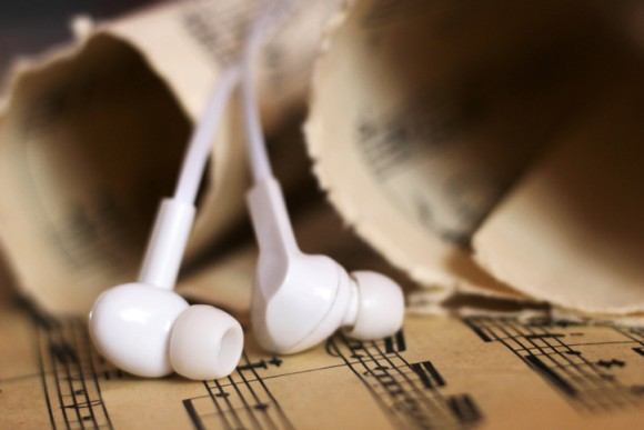 知的な人ほど歌のない器楽曲(インスト)を好むという研究結果(英研究)