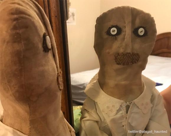人形を見た目で判断するな...って怖すぎだろ!まったく呪われていない人形が不気味すぎるとツイッターで話題に