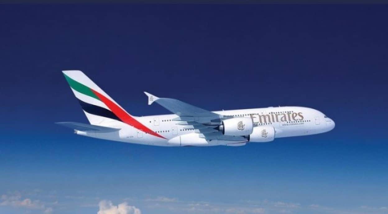 エミレーツ航空が無償でコロナ保険