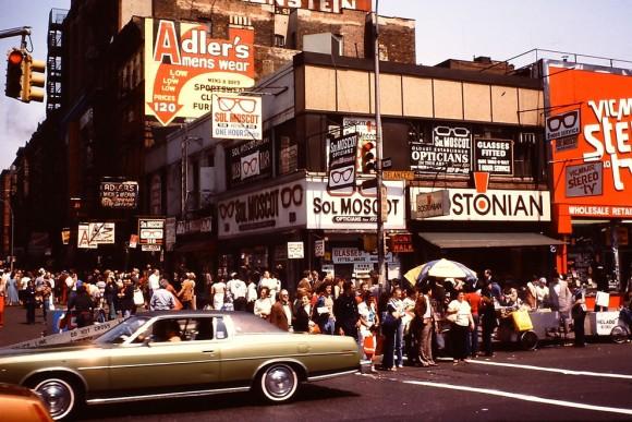 1980年。アメリカ、ニューヨーク...