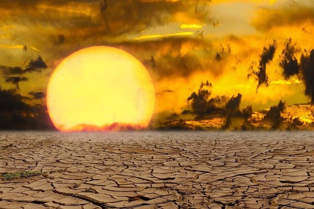 アメリカとカナダの記録的な猛暑がインフラを溶かす