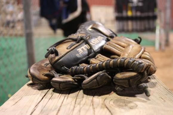 gloves-454561_640_e