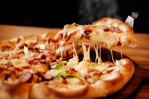 セクシーな画像よりも食べ物の画像に反応してしまう「花より団子」脳の存在が明らかに(米研究)