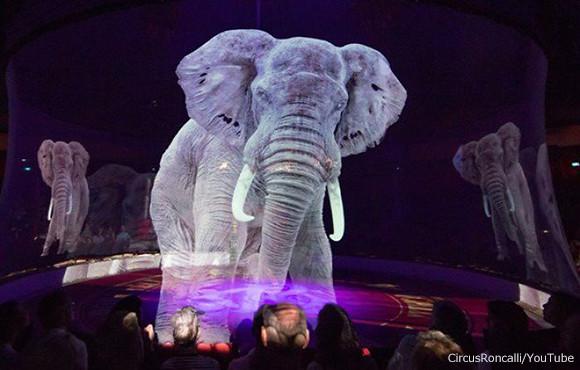 本物の動物を使わずホログラフィーでパフォーマンスを演出。ドイツのサーカスが世界初の試みを実施
