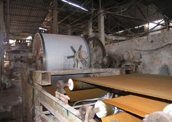 small_chinese_toilet_paper_factory_640_08