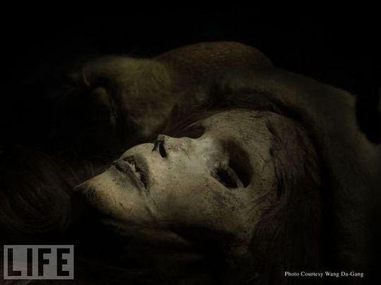 amazing_mummies_01