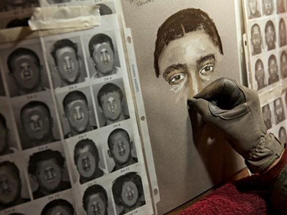 検挙率に大きく貢献しギネス記録保持者となった法医学アーティストの描いた犯人の似顔絵と実物比較画像