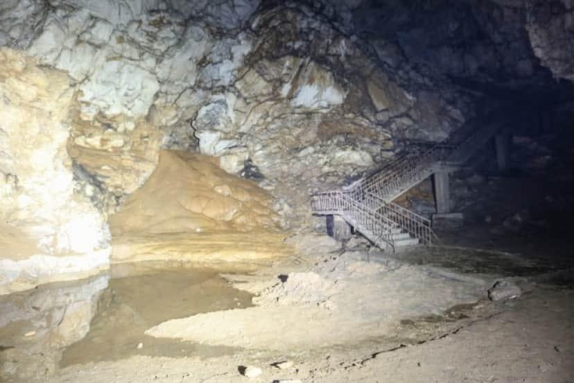 未知の人類のヒトゲノムが洞窟内で発見