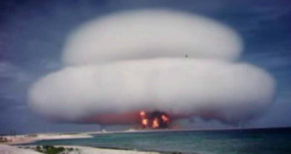 アメリカの核実験映像が機密解除。その驚くべき実験内容が明らかに。