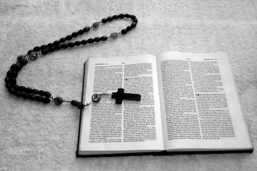 rosary_pixabay