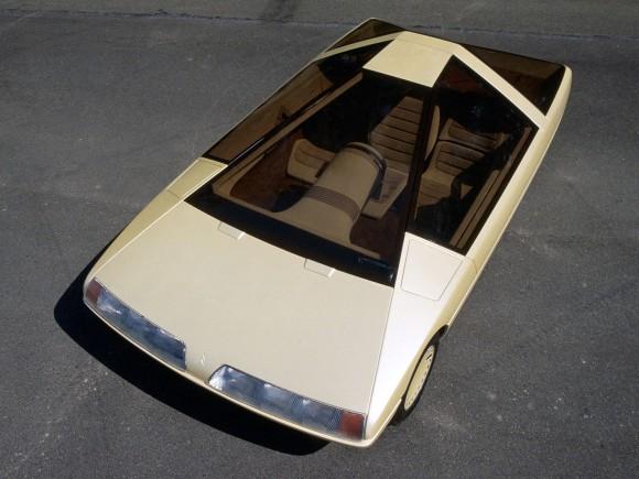 1980年に発表されたシトロエンのコンセプトモデルカーが未来を行き過ぎていた
