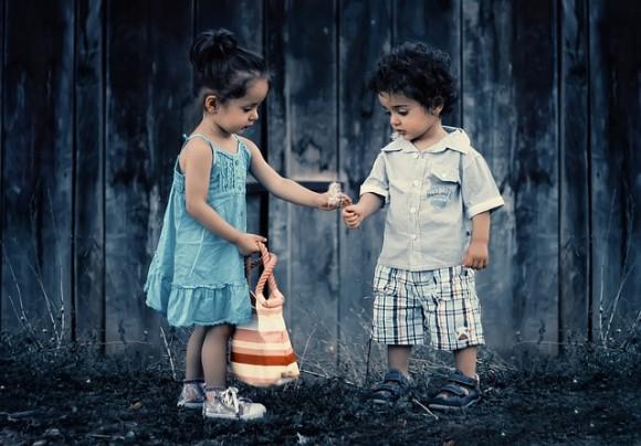 siblings-817369_640_e