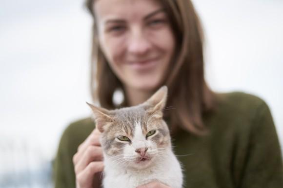 猫が飼い主にお尻を向けるのなぜ?実は飼い主への愛を表していた(米研究)