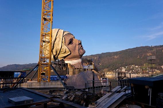 bregenz opera 2011 andrea chenier set 8