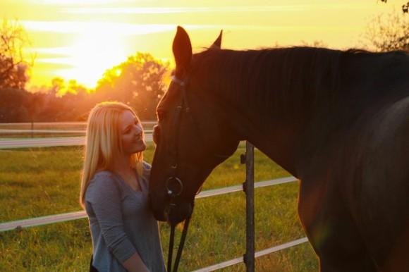 馬は例え見ず知らずの人でもその仕草を読み取ることができる(英研究)