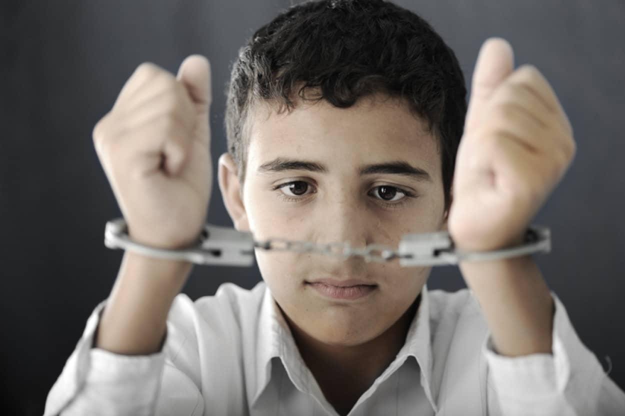 無実なのに自分が罪を犯したと認めてしまう未成年者の闇。冤罪の危険性