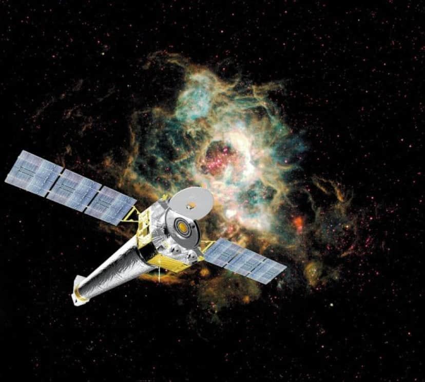 1024px-Chandra_X-ray_Observatory_e