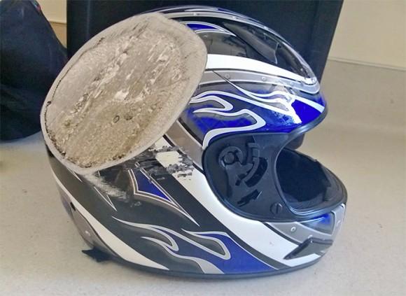 ヘルメットすげぇ!ヘルメットを被っていなかったらと思うとゾっとする ...