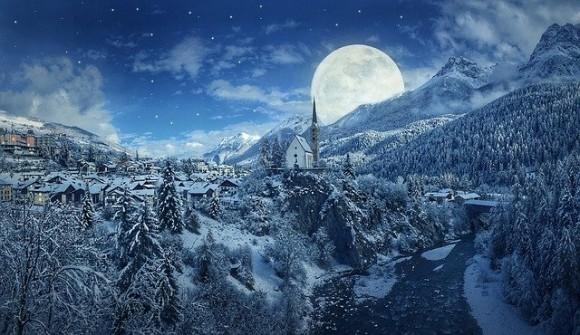 2月の満月「スノームーン」がやってくる!自信を取り戻し、また前を向いて歩こう(2月9日)