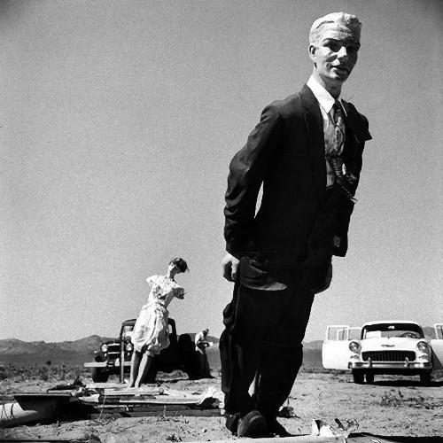 ネバダの幽霊:1955年の米国原爆実験未公開写真、テストに使われた ...