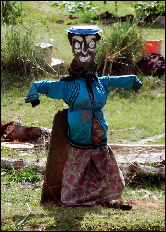 Prei-Monti-scarecrow-5-resize