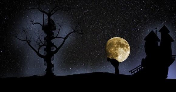 今日は満月、ビーバームーン!気分をリセットしたいなら夜10時半頃に夜空を見上げよう(2019年11月12日)