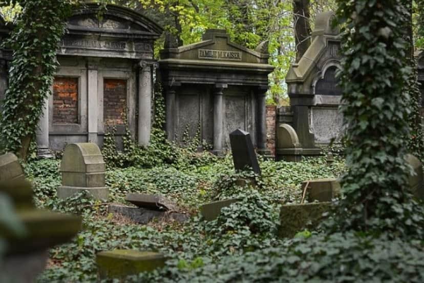 cemetery-2456173_640_e