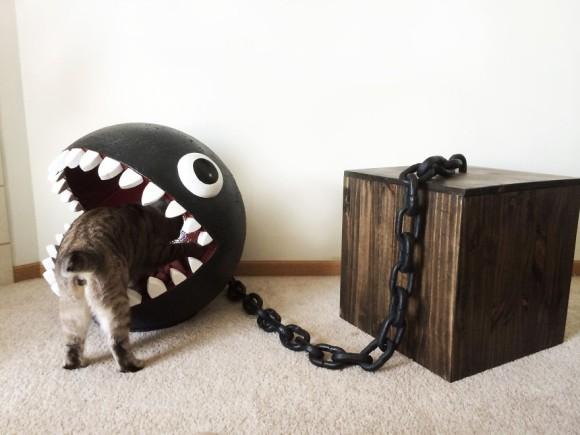 猫はワンワンにもホイホイしちゃうらしい。スーパーマリオのワンワン型猫用ベッド