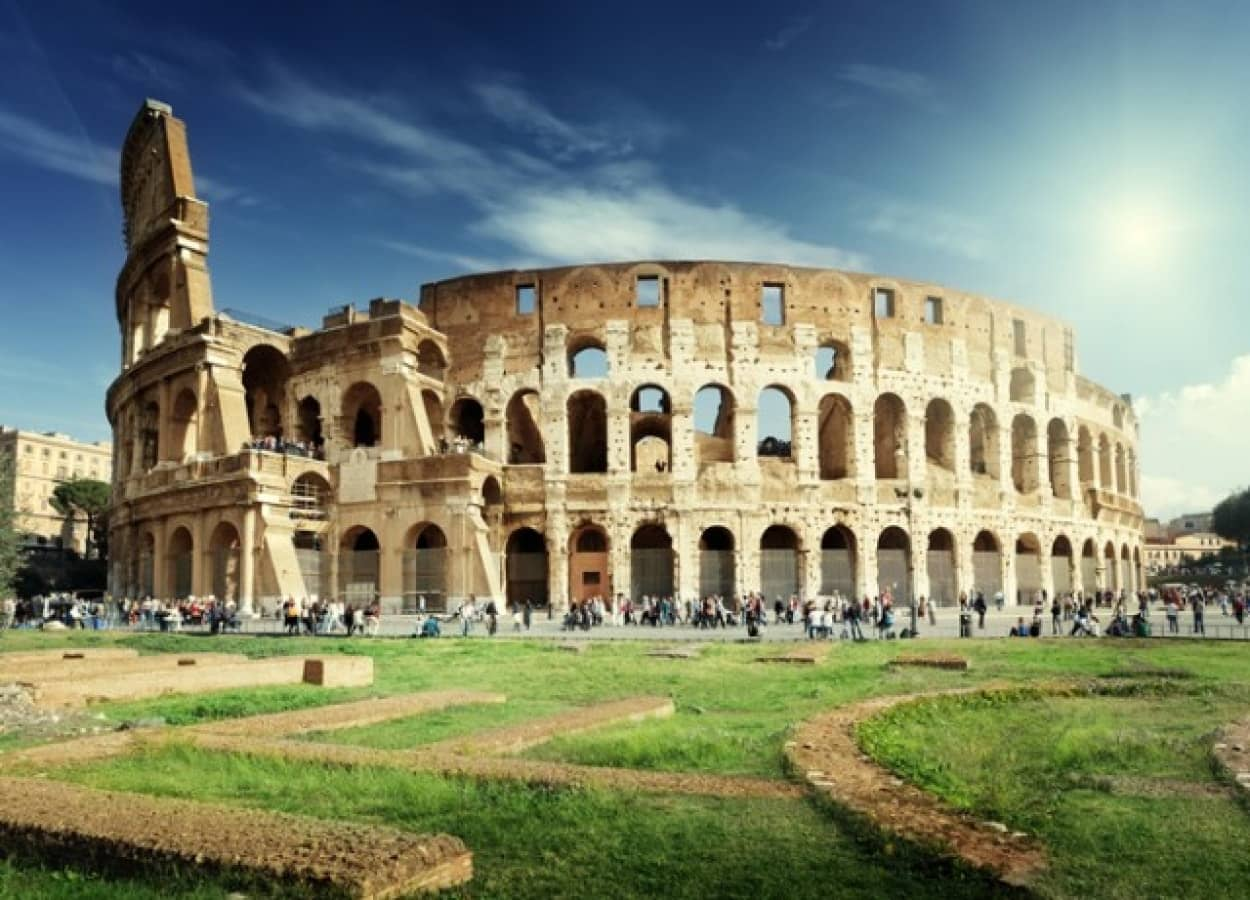 古代ローマのコロッセオのレプリカをトルコで発見