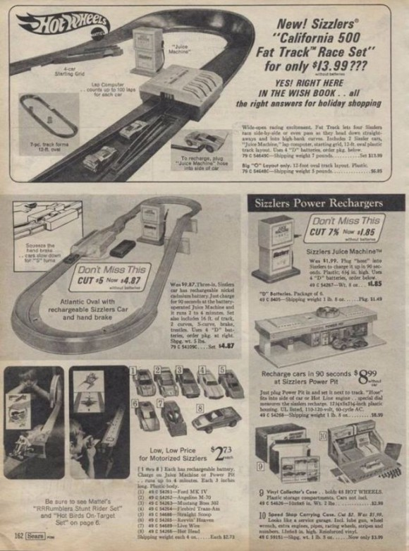 Hot Wheels Track and Cars_e