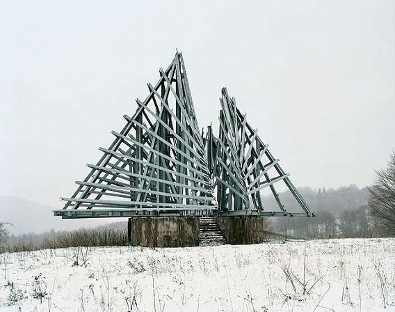 Spomenik_13