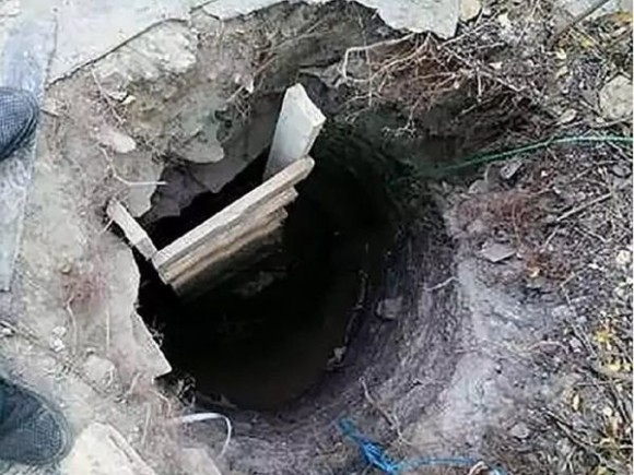 息子を脱獄させるため地下トンネルを掘った母親