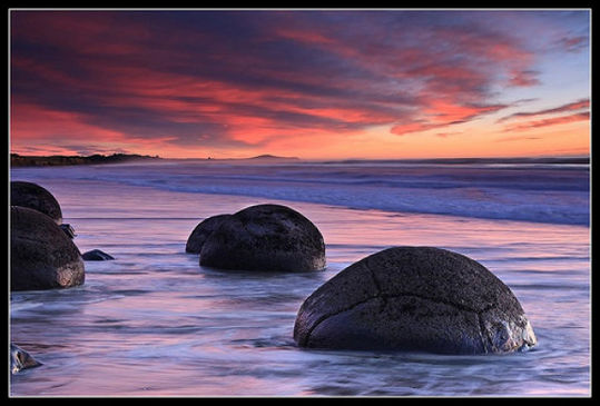 boulders_from_out_640_20