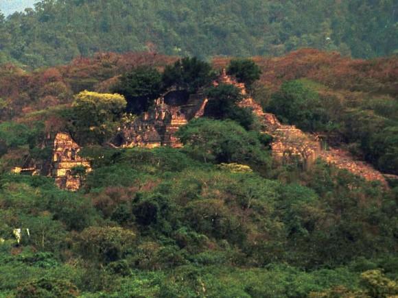 星座を見てひらめいた。カナダの15歳少年がメキシコのジャングルで失われたマヤ文明の都市を発見かと思われたが・・・