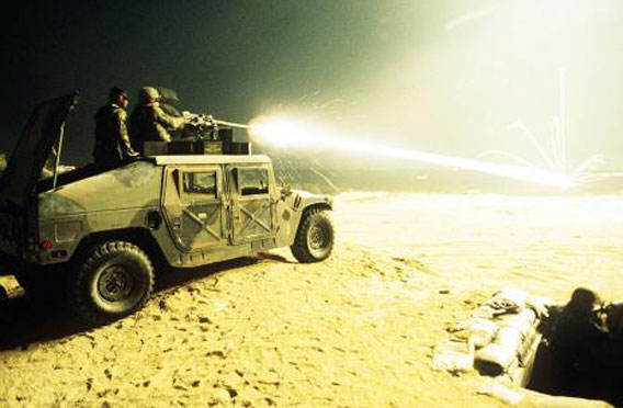 800px-HMMWV_Tracer_Fire