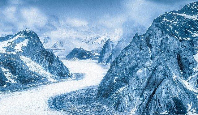 mountains-1334841_640