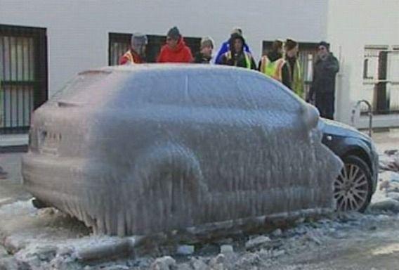 frozen_car_640_07
