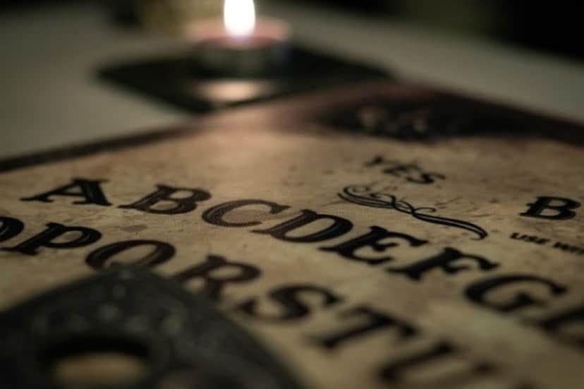 ouija-board-4553829_640_e