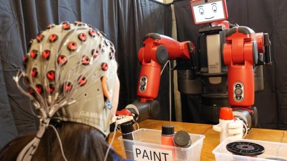 脳波で動きを制御する人型ロボット「バクスター」が爆誕(米研究)