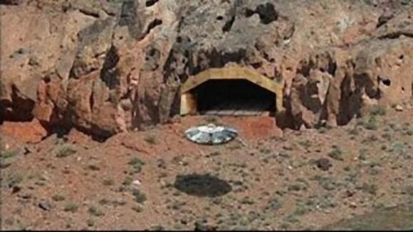 宇宙人と米軍が共同で人体実験をしていた地下7階建ての極秘地下施設「ダルシー」に関する3つの証言(アメリカ)