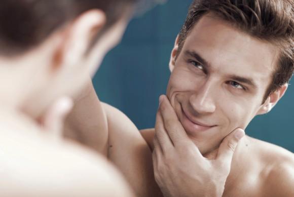 これは意外。実際のナルシストは自分の顔を見るのが嫌いであることが判明(オーストリア研究)