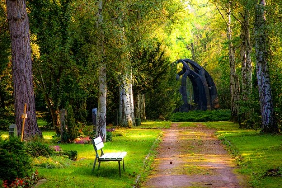 cemetery-1697469_640_e