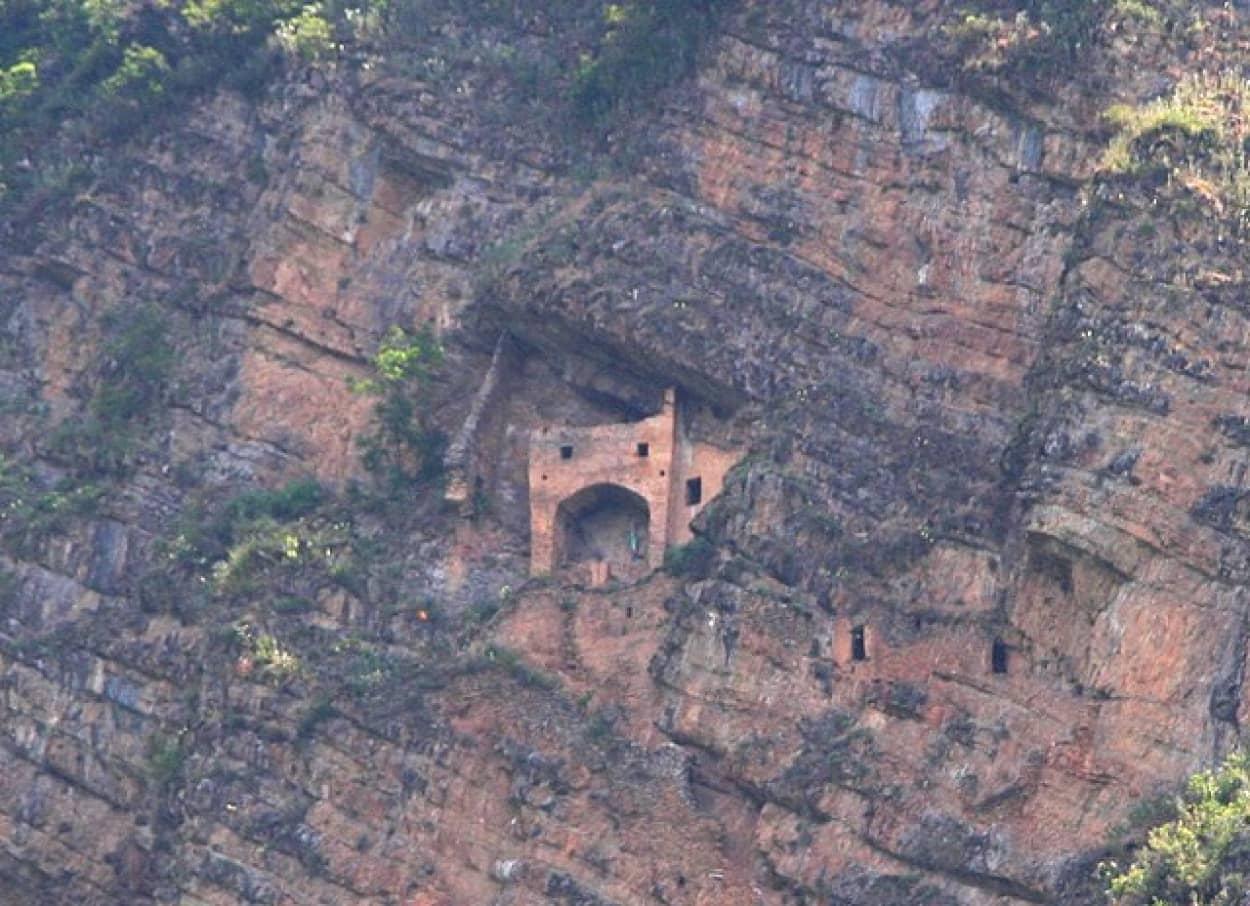 アゼルバイジャンの妖精の城「パリガラ」