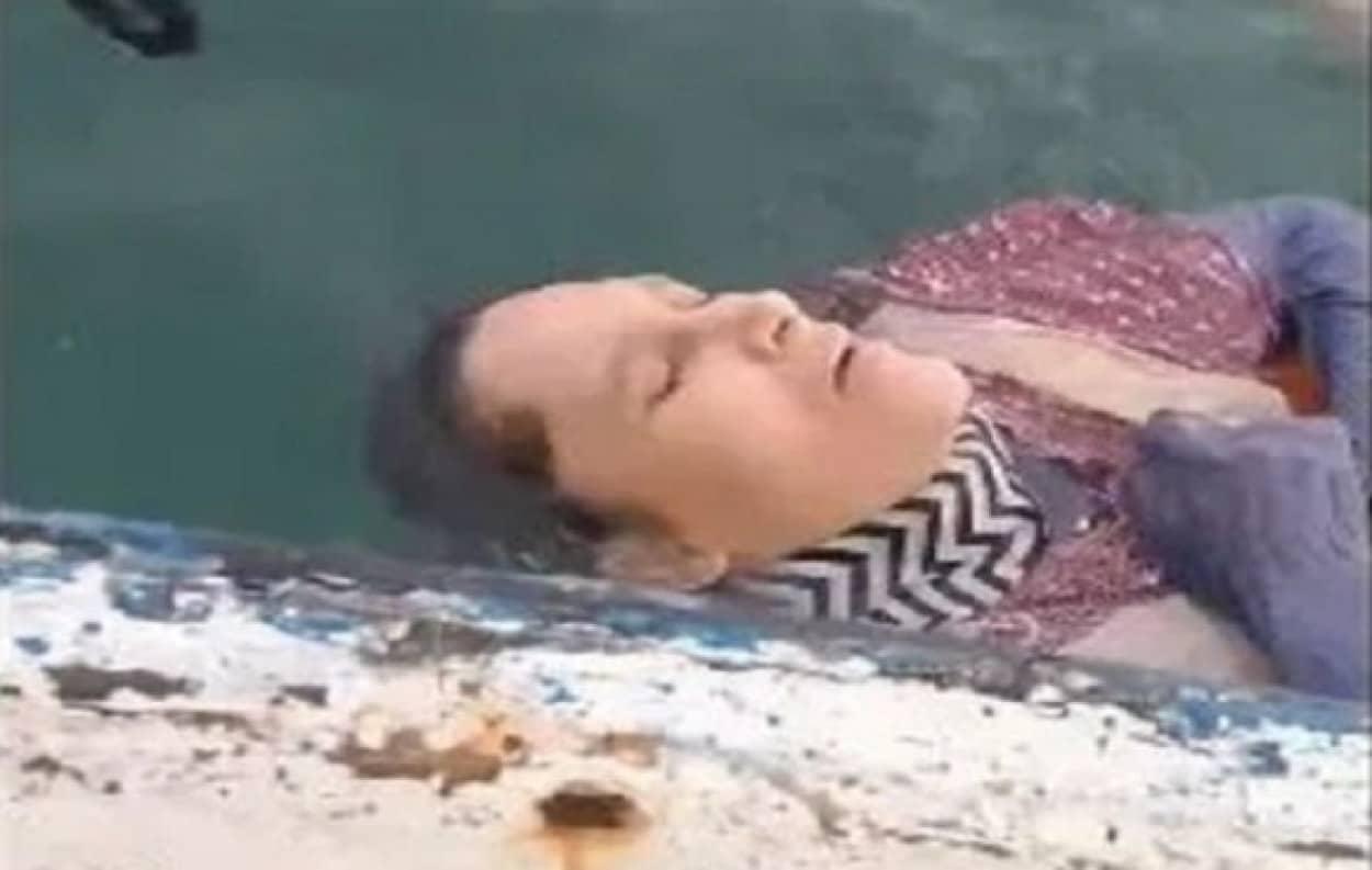 海で漂流していた女性が救助される
