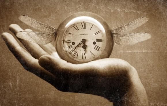 何もうクリスマス?正月来ちゃう?テクノロジーの進歩により人の時間の認識が加速している(豪研究)