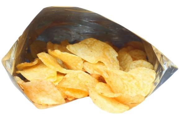 ポテトチップスなどのスナック菓子の袋に空気がたっぷり入っているのはなぜなのか?