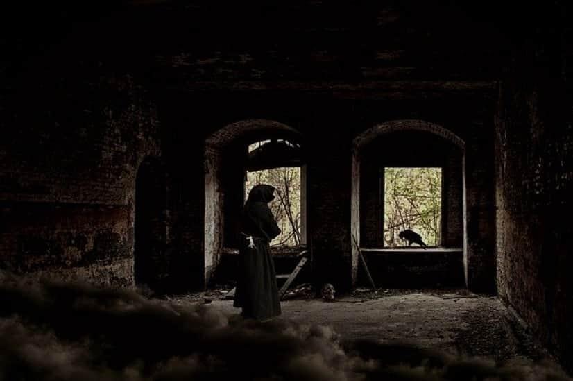 ruin-1837344_640