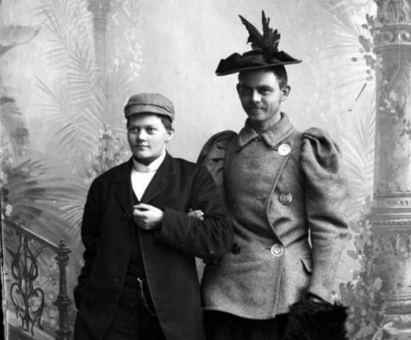 男装・女装の先駆的写真、1890年代に撮影されたノルウェーの古写真