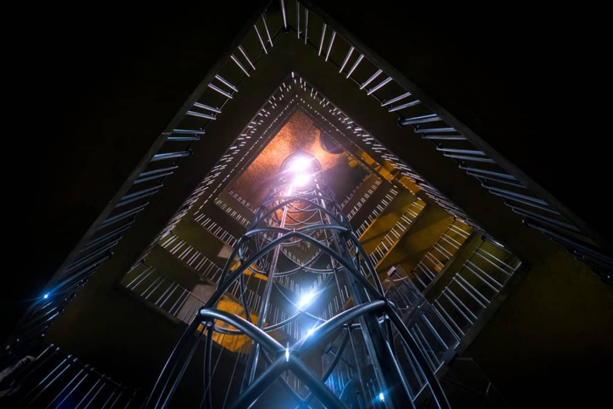巨大な物体を量子状態にして静止させることに成功