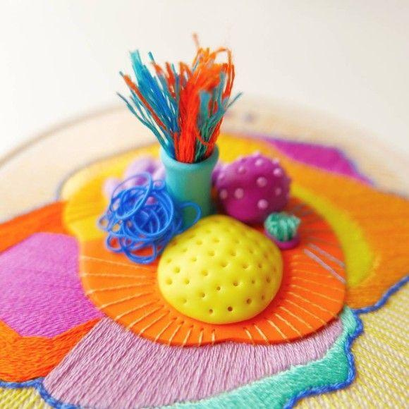 そして刺繍は新時代へ。粘土と組み合わせて立体感を出した3D刺繍
